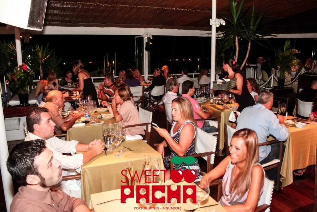 Sweet Pacha Sitges - En esta foto también salimos nosotros ;-)