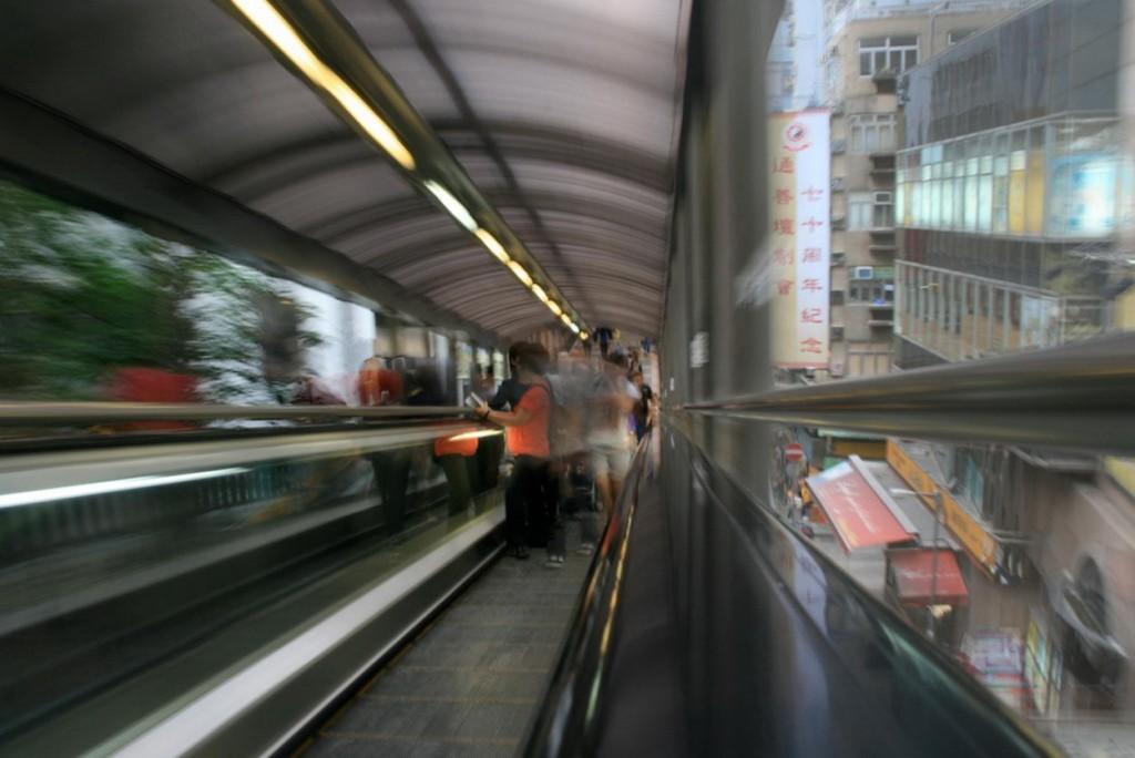 mid-levels-hong-kong-escalator-03
