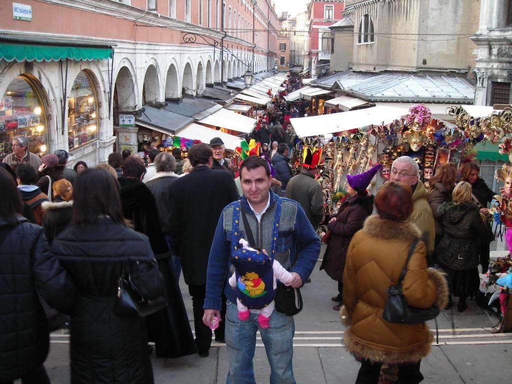 calles, puentes y canales de venecia en carnaval